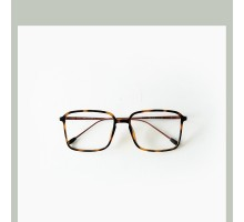韓国人気軽いtr90度付きレンズ近視メガネ度なしダテメガネフレーム男女お揃いおしゃれシンプル眼鏡知的伊達めがねクラシック風スクエア型メガネ大きい細いフレームメガネ四角形流行り