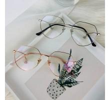 芸能人モデルさん人気メガネ星型ペンダント付きダテメガネ男女おしゃれ伊達眼鏡コーデめがね多角形デザイン度付きレンズ度なしファッション金属眼鏡おすすめゴールドフレーム