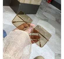 2020年流行りサングラスお洒落インスタ映え欧米ハリウッドめがね個性的大きいサングラス個性的ビッグ眼鏡男女スクエア型メタル紫外線カット偏光サングラスカレーレンズ