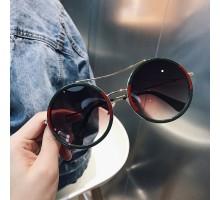 モデル女性サングラス ハリウッド丸いボストン型めがねサングラス ダブルブリッジ ラウンド眼鏡サングラス偏光UVカットレンズ ツーブリッジ男女個性的ファッションメガネ痩せ顔