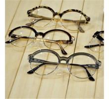 クラシックラウンド丸いデザイン大きい伊達眼鏡ダテメガネレディース度なしレンズありサーモント型