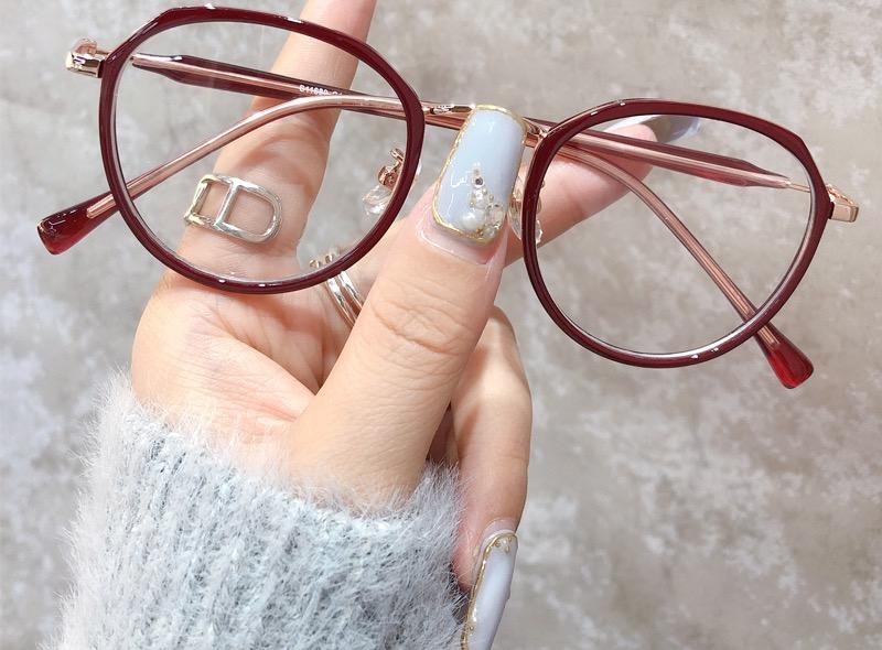 チェリーレッド色メガネ小顔効果軽いセルフレーム